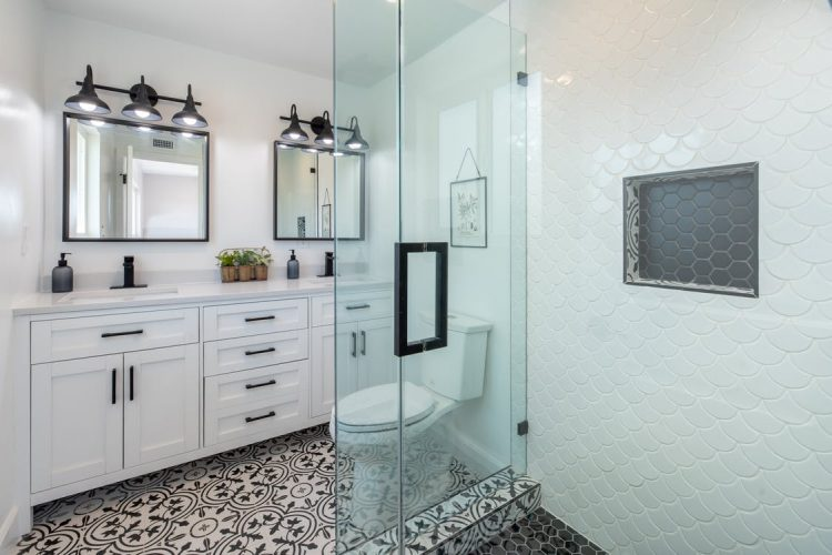 bathroom remodeling near me in centennial, co